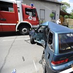 Kifli alakú roncs maradt a Pestszentlőrincen karambolozó autóból – fotók