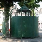 A kormány szerint nincs semmi közük a nyilvános WC-khez