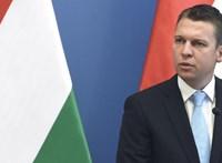 Hazahozhatják a koronavírus miatt Tenerifén rekedt öt magyart