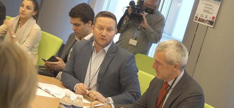 MSZP: Ujhelyi félreáll, hogy Kunhalmi lehessen a választmányi elnök