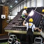 Derűre ború: ma megéri napelemet tenni a háztetőre, de 2024-től más világ jön