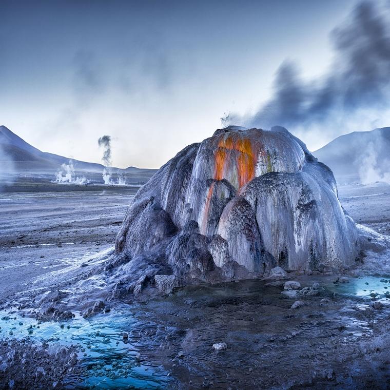 NE használd_! - Photographer of the Year 2014 - ''Föld, levegő, tűz, víz'' kategória - Tatio Geysers napkeltekor, Atacama-sivatag, San - tpoty