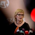 Üzentek Handónak: A törvények betartása nem választás kérdése