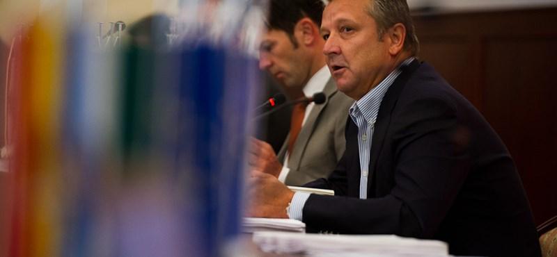 Nem emlékszik Kovács Bélára a Moszkvában végzett MSZP-s