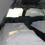 Éjszaka egy Jumbo pilótafülkéjében - megdöbbentő képek