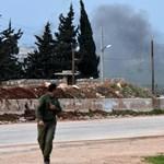 A törökök visszaverték a kurdoknak segítő szír csapatokat