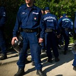 Pintér Belügye megbünteti a szakszervezeteket