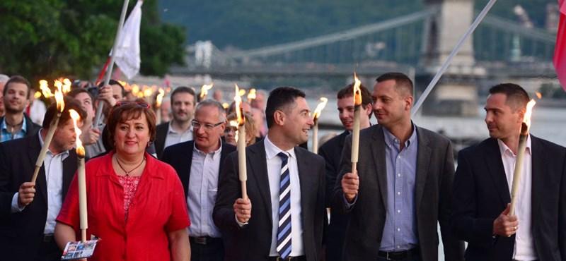 Közös vonulást tartott az ellenzék Budapesten