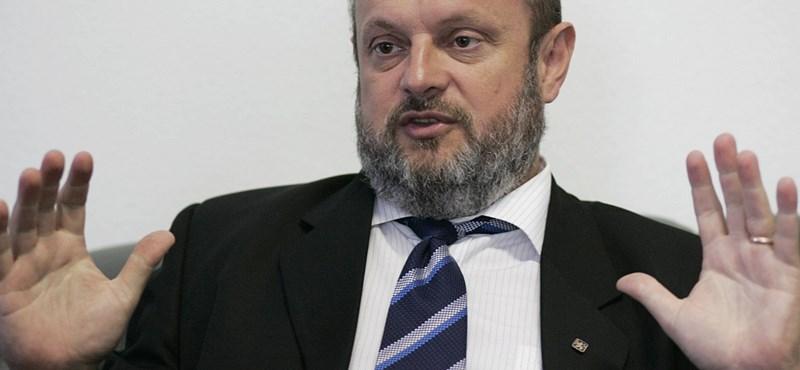29 év után otthagyja az MSZP-t a volt hatvani polgármester