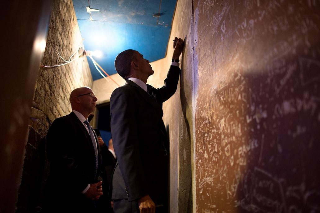 lehetőleg ne - flickrCC_! - 14.11.25 - Obama elnök a Copernicus Centerben, mielőtt a bevándorlásról való megállapodás előtt, 2014. november 25-én.