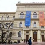 Megválik a rasszista és szexista kijelentései miatt bepanaszolt oktatójától a Szegedi Tudományegyetem
