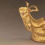 Találtak egy 3000 éves arany arcmaszkot Kínában, rögtön mém lett belőle