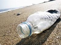 Szuper ötlet: ingyenparkolás jár a műanyag palackokért