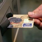Adószakértő: a lakosságot is terhelheti a tranzakciós adó