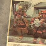 Kimentette a tűzből a csecsemőt, elment a bizonyítványosztásra a tűzoltó