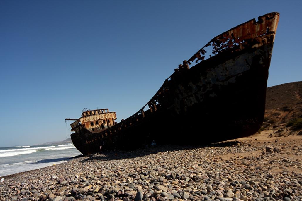 70 éve a partra sodrótott roncs Sidi Ifni partjainál.