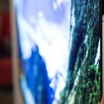 Az LG új tévéje vékonyabb, mint az ön telefonja – akármilyen mobilja is van