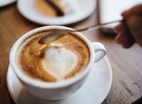 Aki kávézik, annál kisebb valószínűséggel alakul ki krónikus májbetegség