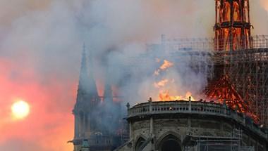 Elhárították az omlásveszélyt a Notre-Dame-nál
