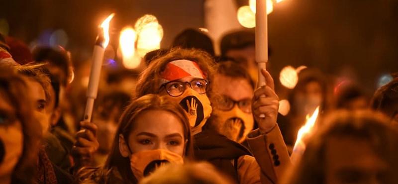 Fellebbez az SZFE sztrájkbizottsága a Fővárosi Törvényszék végzése ellen