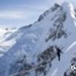 Se ki, se be: tizenháromezer turistát zárt el a külvilágtól a hó a svájci Alpokban