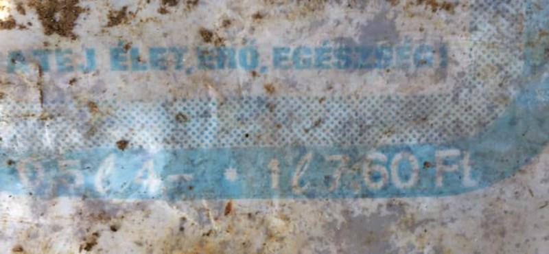 Tippelje meg, hány éves tejes zacskót találtunk épen