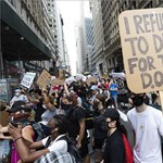 Az iskolák újranyitása ellen tiltakoztak New Yorkban - képgaléria
