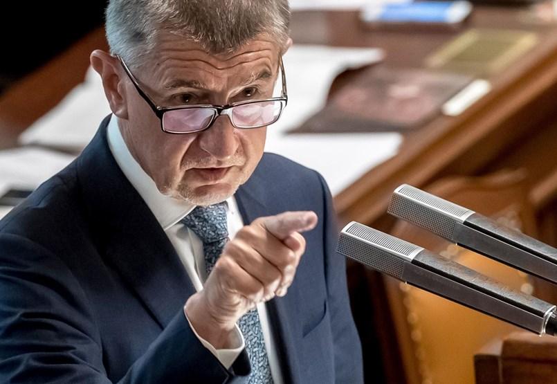 Ilyen közel még nem állt a szégyenhez EU-tagállamot vezető miniszterelnök