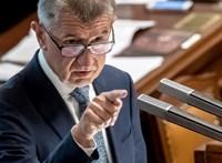 Der Spiegel: A cseh kormányfő újabb ügynökváddal és a bukással néz szembe