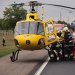 Mentőhelikoptert hívtak egy elgázolt kerékpároshoz