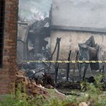 Falura zuhant egy pakisztáni katonai repülő