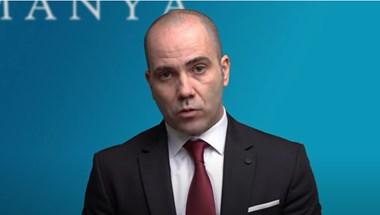 """""""Az éttermek csak azért nyithatnak ki, hogy kereszthuzatot csináljanak"""" - Kovács András Péter videóban magyarázza a kormány intézkedéseit"""