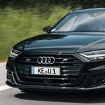 Hétszáz lóerős lett az új hibrid Audi S8