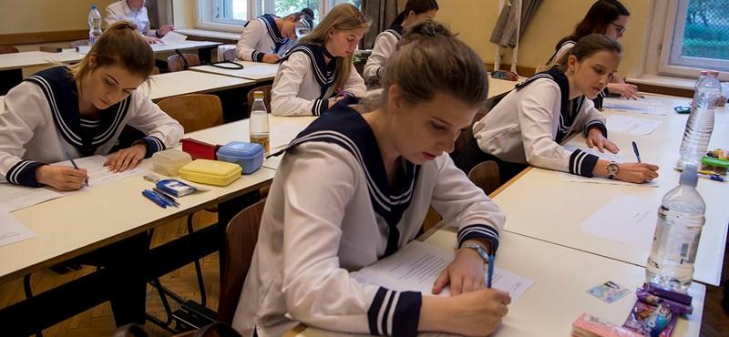 Meglepetés az érettségin: a kétszintű vizsgarendszer bevezetése óta nem volt ilyen jó eredmény