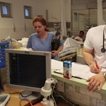 Több ezer külföldi orvostanhallgatót tartanának az országban Palkovicsék