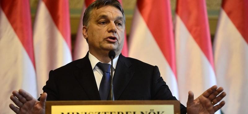 Orbán az OTP gépével repült Párizsba, onnan pedig Svájcba