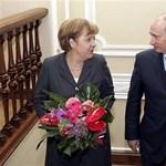 Merkel rácsörgött Putyinra, és megkérdezte, mi folyik Kelet-Ukrajnában