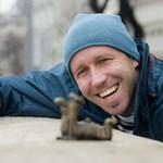 """Kolodko Mihály: """"Művészi hitvallásomat a pici bronzpiszoár szemlélteti a Városligetben"""""""