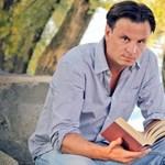 """""""A spirituális tanítók között annyi szélhámos van, mint a politikusok között"""" - Salinger Richárd író"""