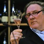 Depardieu pénzért szexelt férfiakkal