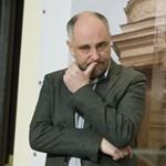 Mercedes terepjárós tanárokkal poénkodott egy fideszes polgármester