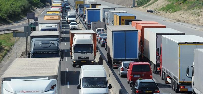 Útépítés miatt szombattól forgalomkorlátozás lesz az M0-son