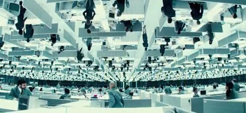 Upside Down - párhuzamos univerzum (trailer)