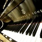Mit keres a zongora a konyhában? – ez a kérdés foglalkoztatja az íreket az Év Otthona versenyben