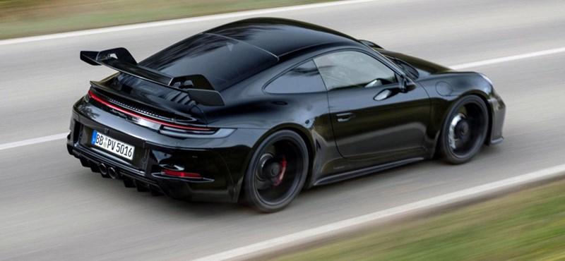 Jókora bálnauszonnyal és kéziváltóval érkezik az új Porsche 911 GT3