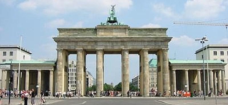 Káosz van a berlini reptereken