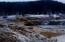 Összeszakadt egy víztározó gátja Oroszországban, többen meghaltak