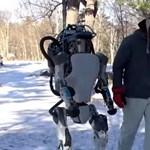 Elképesztő humanoid robotot mutattak be
