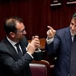 """Bizalmat szavaztak Conte kormányának, itt a """"harmadik köztársaság"""""""