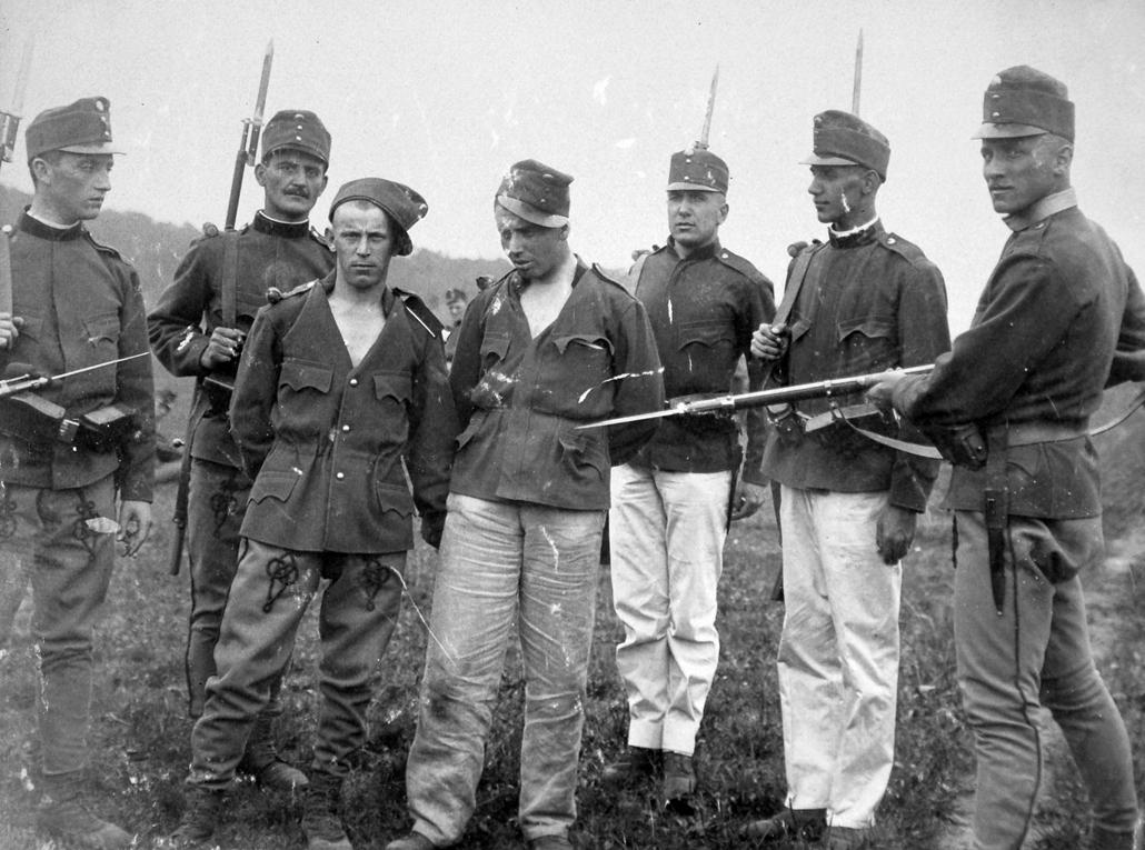 NE használd_! - Magyar fotográfusok háborús képei 100 éve és ma - nagyítás - 1918.